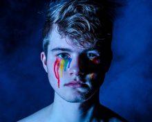 Alertan sobre riesgos de comunidad LGBTTTI durante periodo de aislamiento